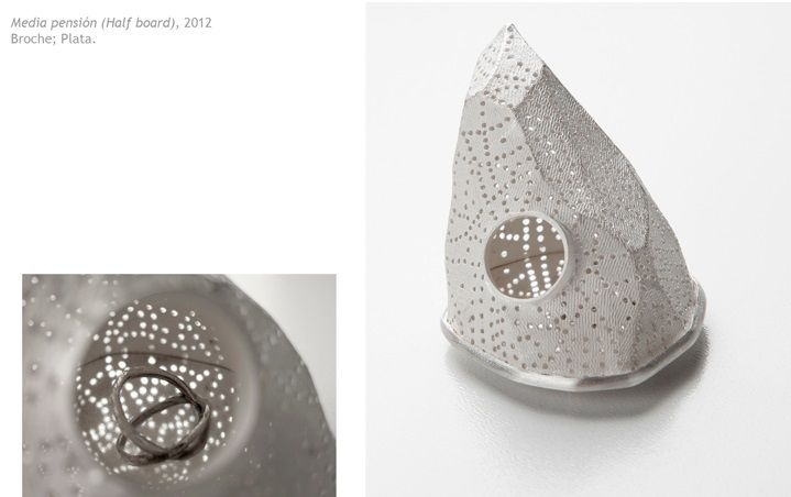 Angela Bermudez (Viruthiers) 'Media Pension' broche 2012, plata
