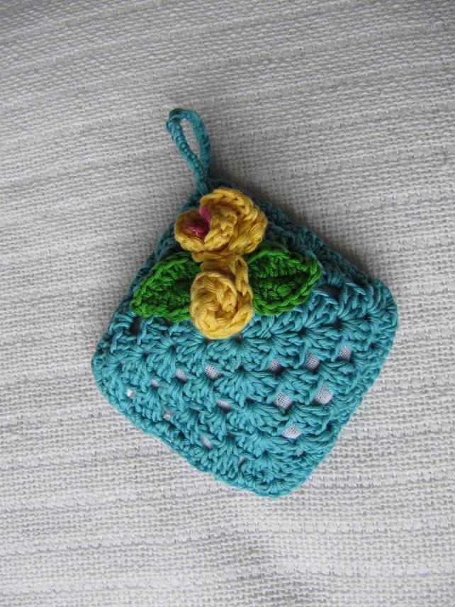 Crochet Sachet Bags : Crochet Lavender sachets ?4.00