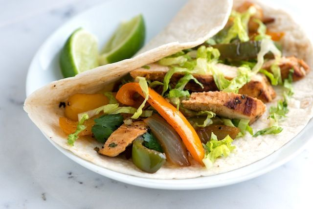... Chicken Fajitas Recipe from www.inspiredtaste.net #recipe #chicken