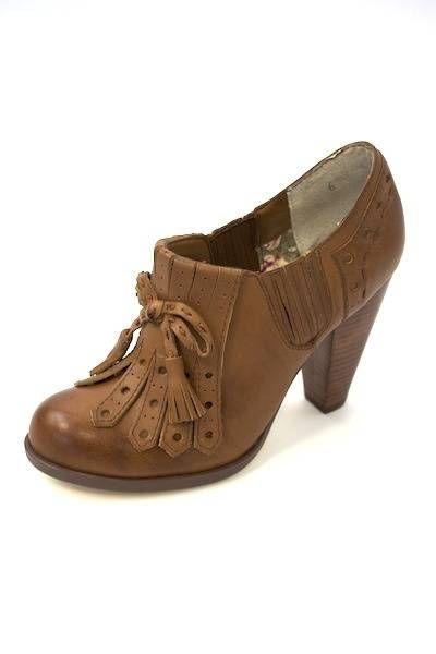 120 Clue - Seychelles Shoes