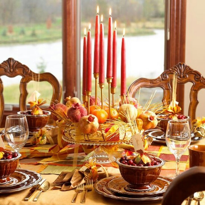 Holiday table holiday views pinterest Simple thanksgiving table decorations