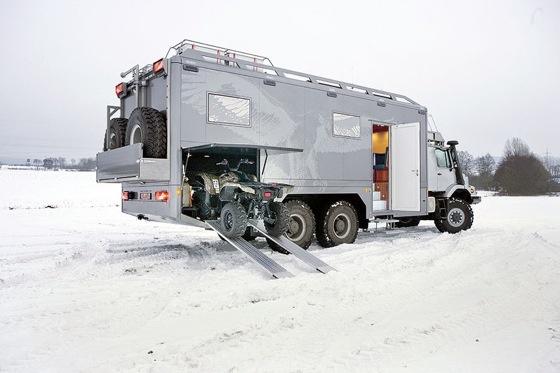 Mercedes benz hunter x6 with atv garage vehicles truck for Mercedes benz zetros 6x6 expedition vehicle