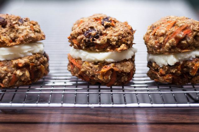 carrot cake cookie-wiches | Favorite Recipes | Pinterest