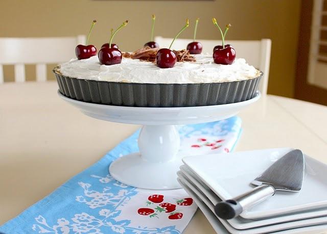Cherry, Dark Chocolate, Almond and Amaretto Cheesecake Tart... with a ...