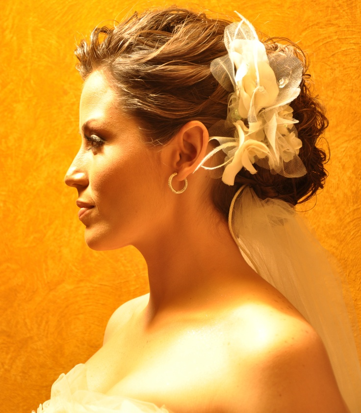 This is the hairstyle i used at my wedding a wonderful friend hand Amazing hairstyle