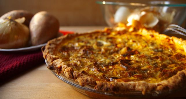 Roasted sweet potato, caramelized onion, and gorgonzola quiche | Reci ...