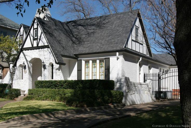 John carsey home built in the 1920s houses i love pinterest - Houses built inhours ...