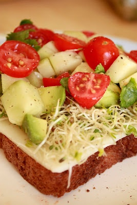 California Veggie Sandwiches | healthy meals and tips | Pinterest