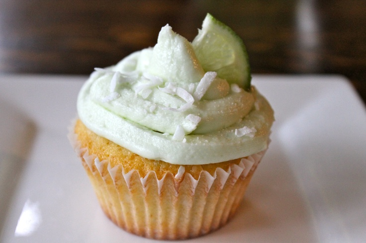 coconut key lime cupcakes. | love. | Pinterest