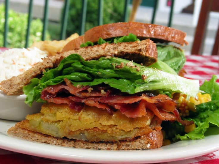 Fried green tomato blt. | sandwiches | Pinterest