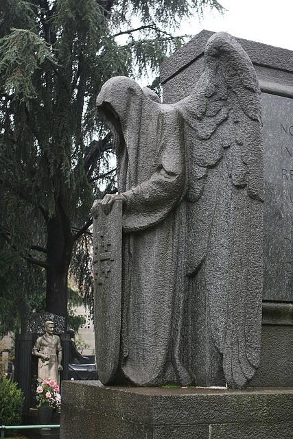 Čudne statue širom sveta - Page 5 6e7bc098a70ea044d5389bf7fa06e925