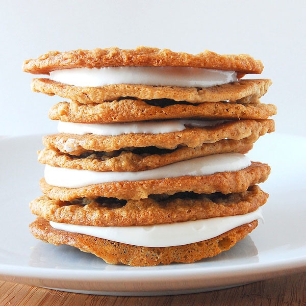 HOMEMADE OATMEAL CREME PIES | Food and Recipes | Pinterest