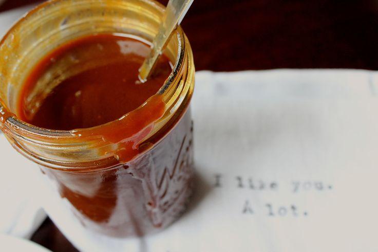 ... sauce http sweetstacks com makin banana pancakes bourbon caramel sauce