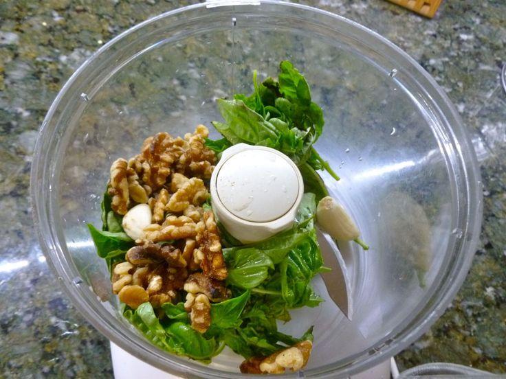 Oil-Free Basil Walnut Pesto | SCD Snacks | Pinterest