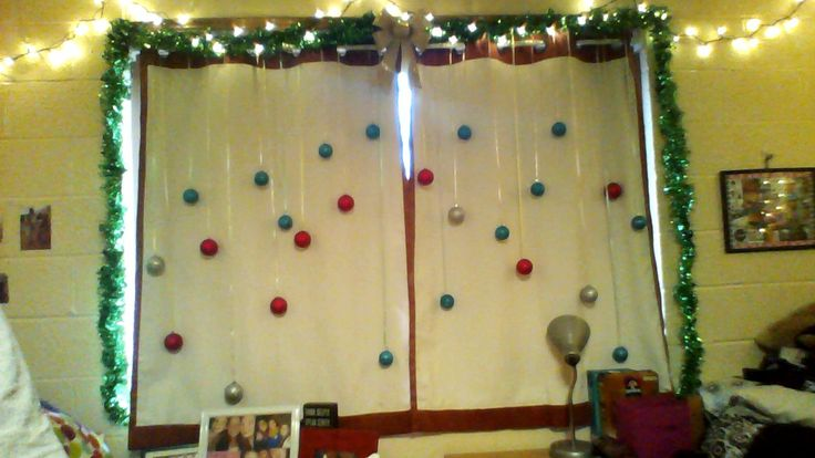 Decorating Ideas > Pin By Shannon Awesome On Dorm Christmas Decoration ~ 231020_Dorm Room Christmas Decorations