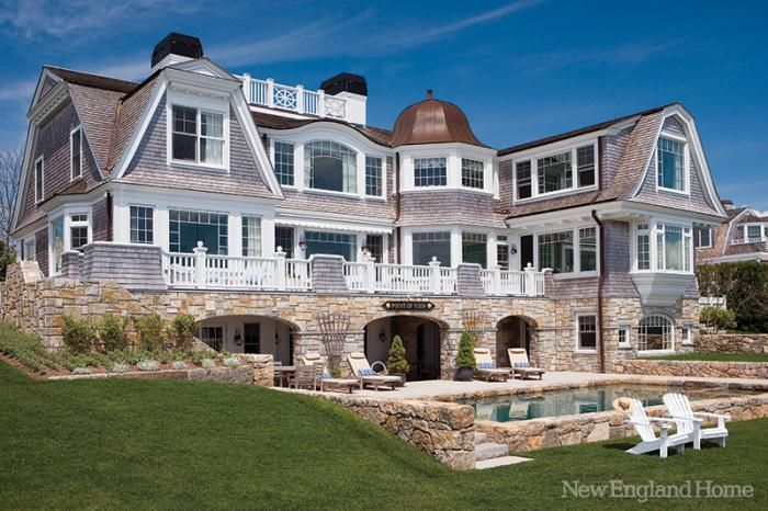 Beach house new england style for New england style homes