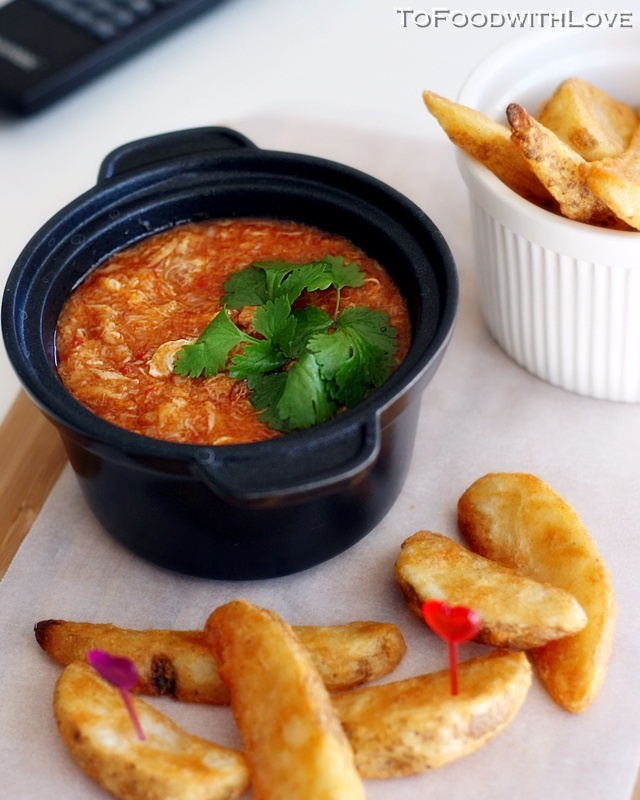 Potato Wedges with Singapore Chili Crab Dip