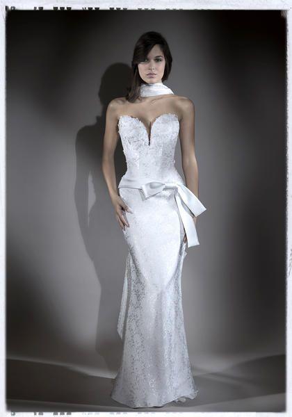 Robe de mariée à Lyon  Robes de mariage  Pinterest
