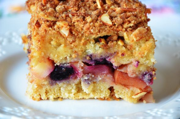 Gluten Free, Dairy Free, Apple Blueberry Crumb Cake. (Sub Pear?)