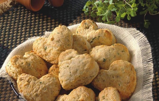 Herb Buttermilk Biscuits Grandma used her fresh garden herbs in these ...