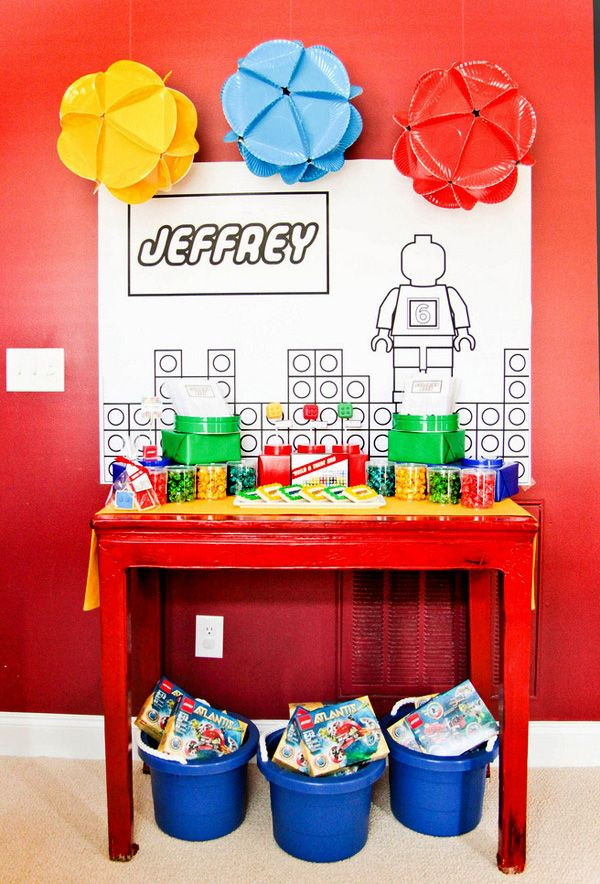 A Lego Birthday party...another great idea for someone's little boy.