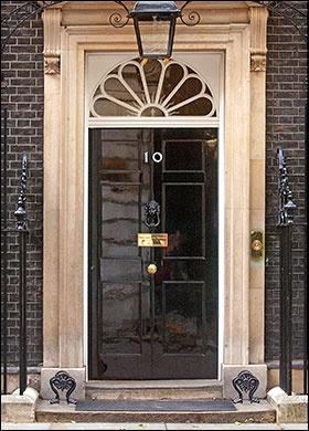 Front door of no 10 downing street front doors pinterest for Front door 10 downing street