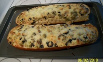 Olive Cheese Bread | FOOD!!! | Pinterest