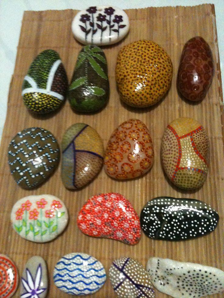 Preciosas Piedras Pintadas A Mano Manualidades Pinterest