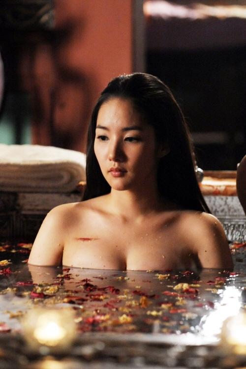 Asian bathing beauties gallery