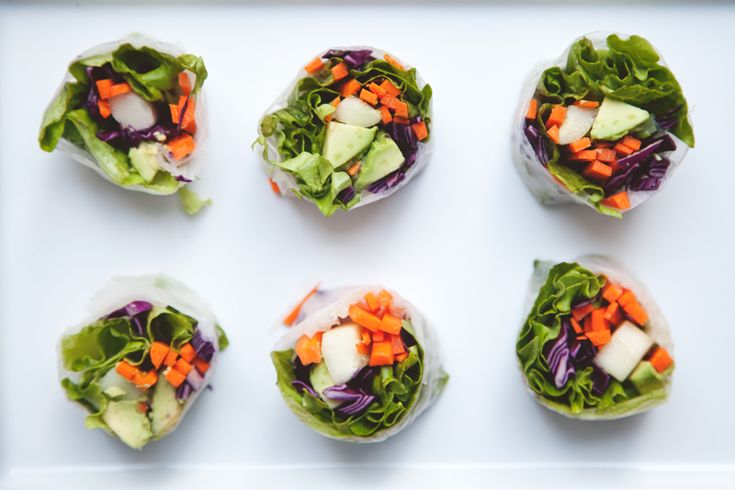 Summer Rolls with Sweet and Spicy Peanut Dipping Sauce