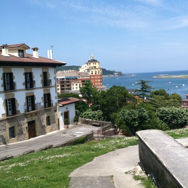 Hondarribia Spain  city photos gallery : Hondarribia, Spain. Beautiful country! | Love to live in Spain! | Pi ...