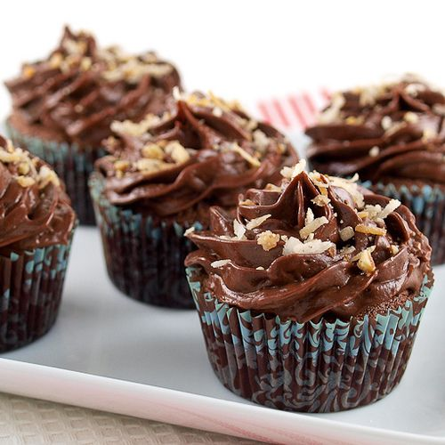Chocolate Italian Wedding Cupcakes with Chocolate Sour Cream Frosting ...