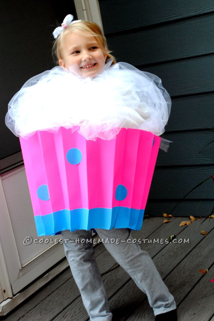 Cute last minute cupcake costume for Cute homemade halloween costumes for girls