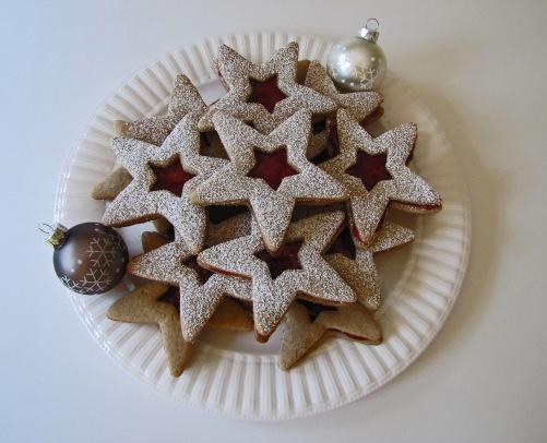 Sparkling Linzer Stars | christmas | Pinterest