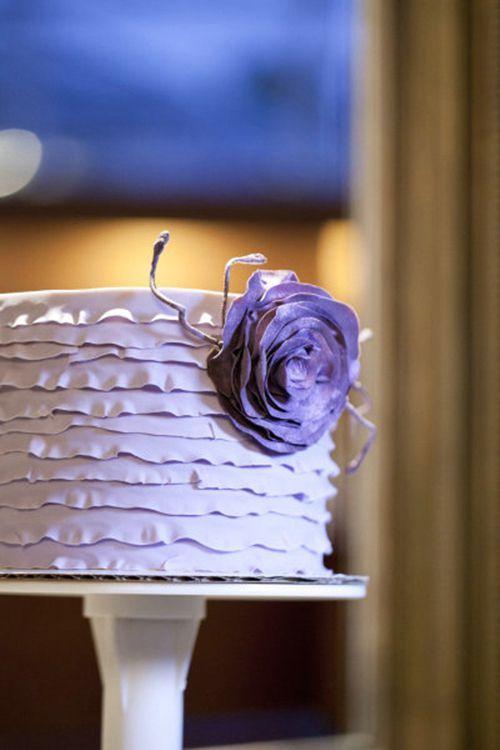Hochzeitstorte in lila/Violett  Purple, violet, Lila  Pinterest