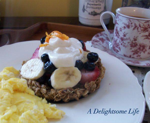 ... granola tart topped with fresh fruit and yogurt. @adelightsomelife.com