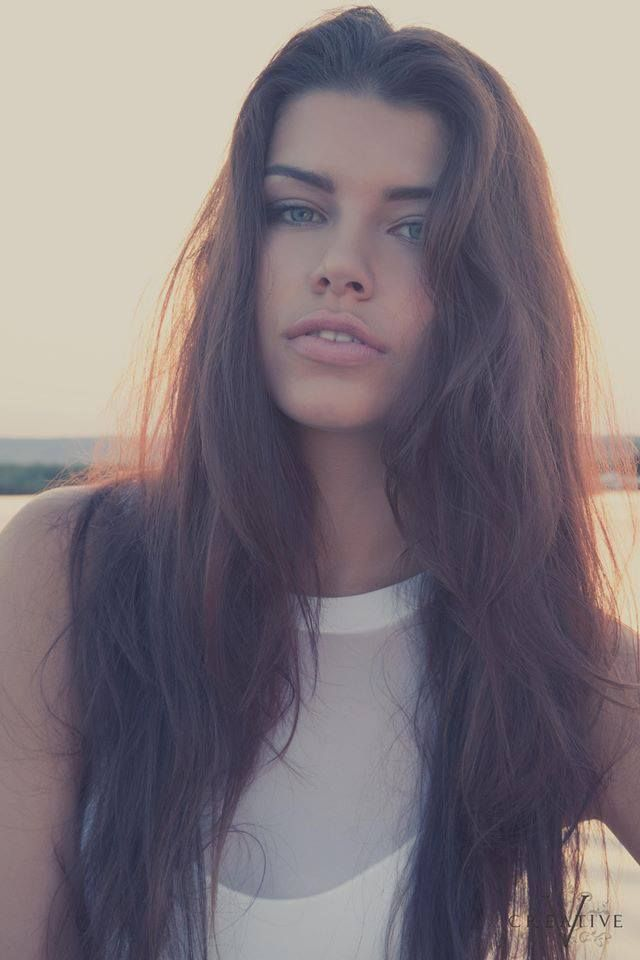 Slovak model Sona Skoncova   Viva glam, Slovakian women