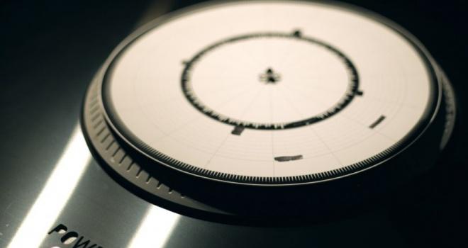 Dyskograf haciendo música con un marcador y una felpa