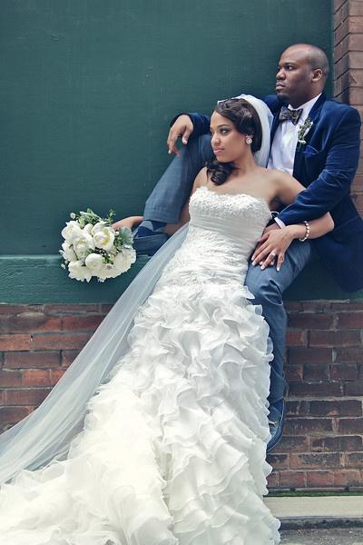 Wedding Dresses Chicago Harlem : By pretty pear bride? plus size bridal magazine on wedding them