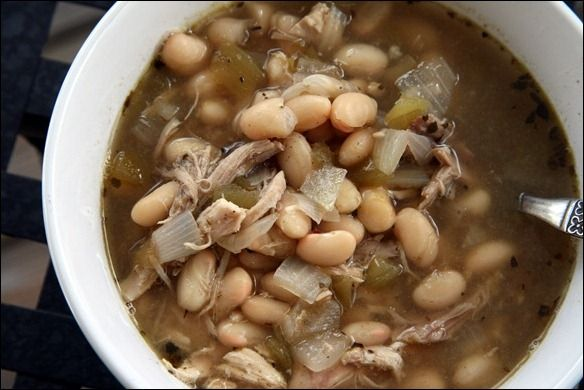 ... it here! Chicken & White Bean Chili Soup Recipe - fANNEtastic food