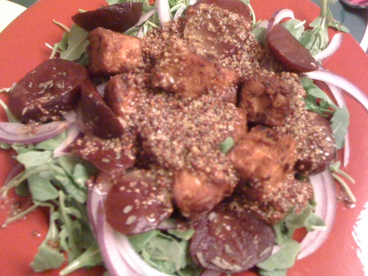 Roasted beet & arugula salad with smoked tempeh and maple mustard ...