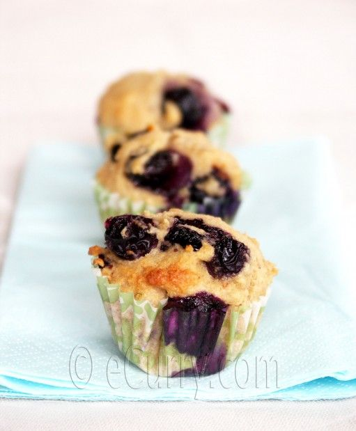 Lime and Blueberry Whole Wheat Muffins | Healthy Breakfast | Pinterest