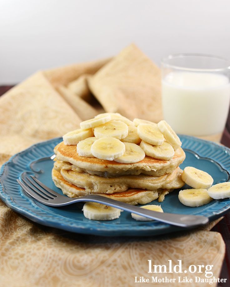 Easy and delicious banana pancakes #lmldfood