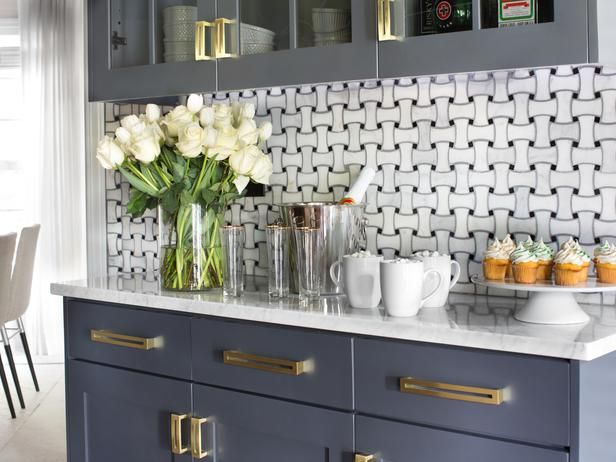 Countertops in the @HGTV Holiday House