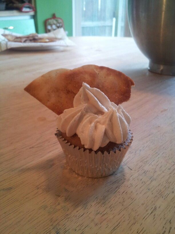 ... brown sugar/white sugar/pumpkin spice tortilla! It's a spice cake cake