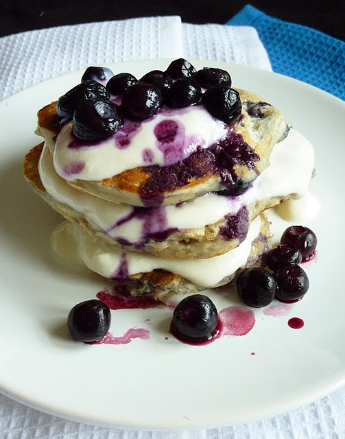 Mmmm blueberry pancakes. | delicious foodies. | Pinterest