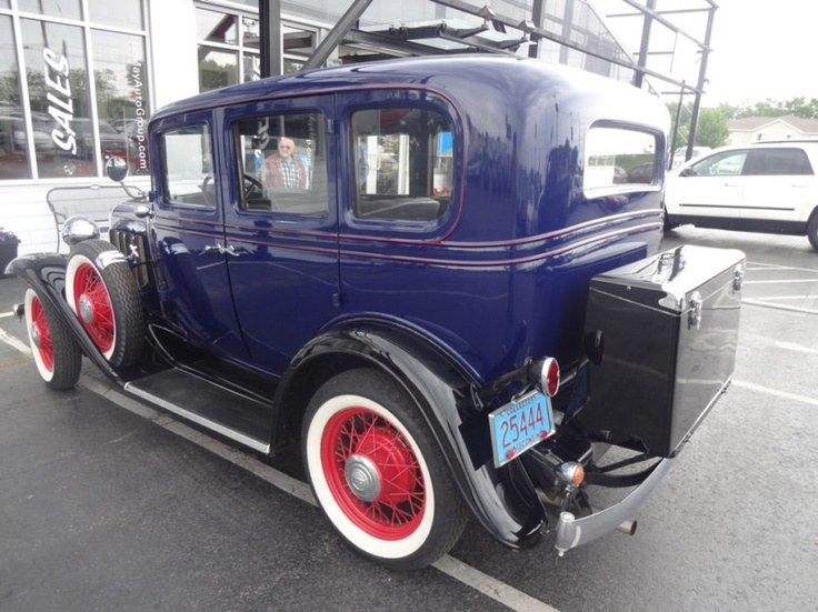 Www cars com 1932 chevrolet 4 autos post for 1932 chevrolet 4 door sedan
