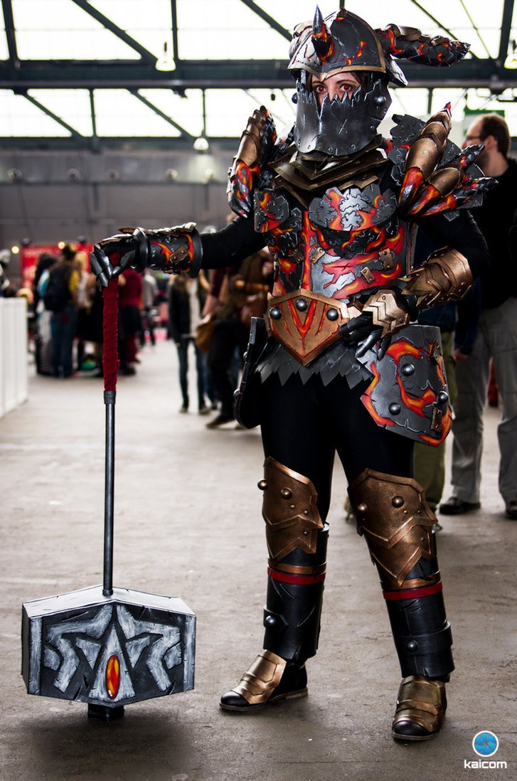 World Of WarcraftWorld Of Warcraft Cosplay Warrior