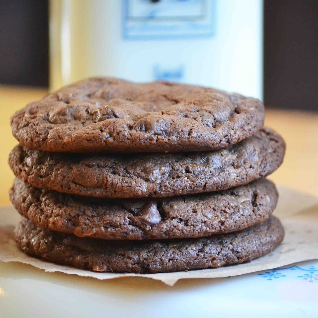 Mocha Toffee Almond Fudge Cookies | Recipes I should try | Pinterest