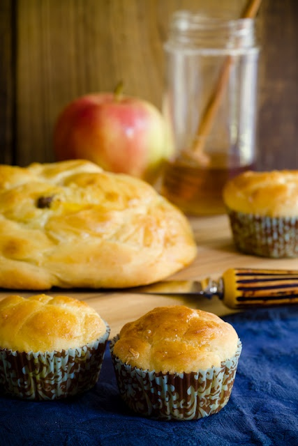 Round Challah for Rosh Hashana (from Cupcake Project - cupcakeproject ...